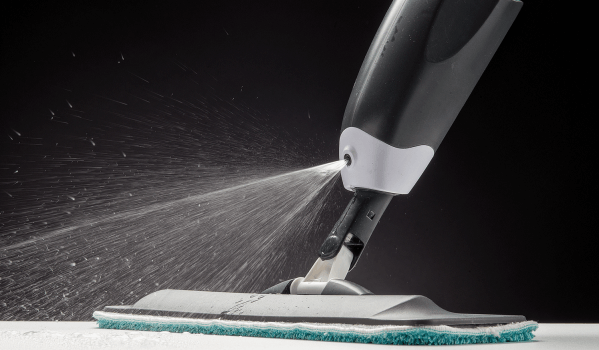 Spray Mop in action